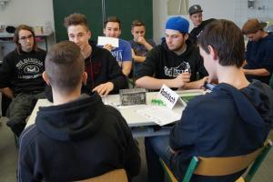 ALT GENUG Planspiel Demokratie-Bausteine